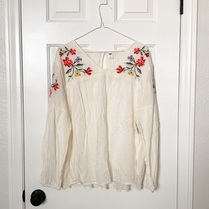 NWT Old Navy Embroidered Floral Tunic Top